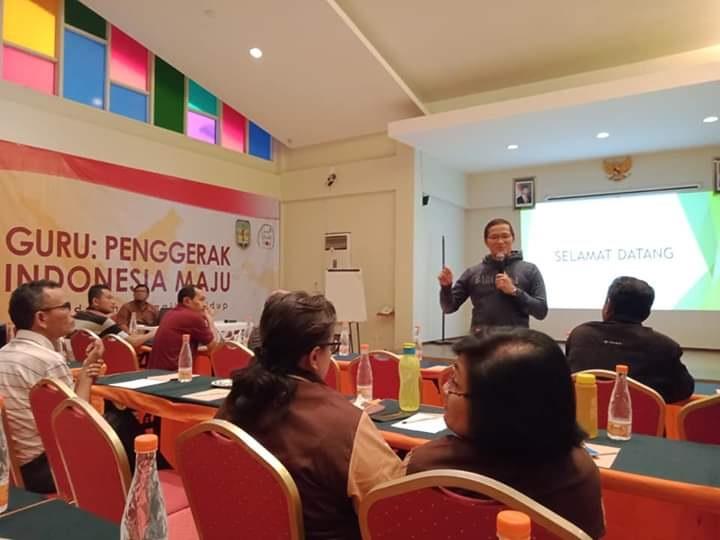 Guru Adalah Panggilan Hidup dan Penggerak Indonesia Maju