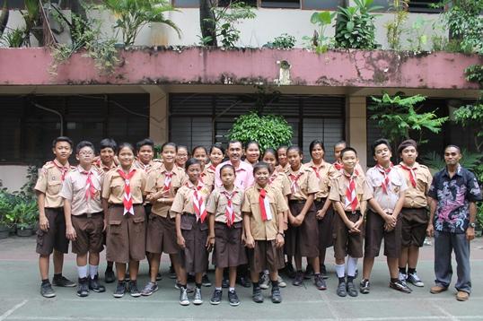 Anggota Redaksi Mading Edisi 3,Siswa-siswi SMP Kelas 7