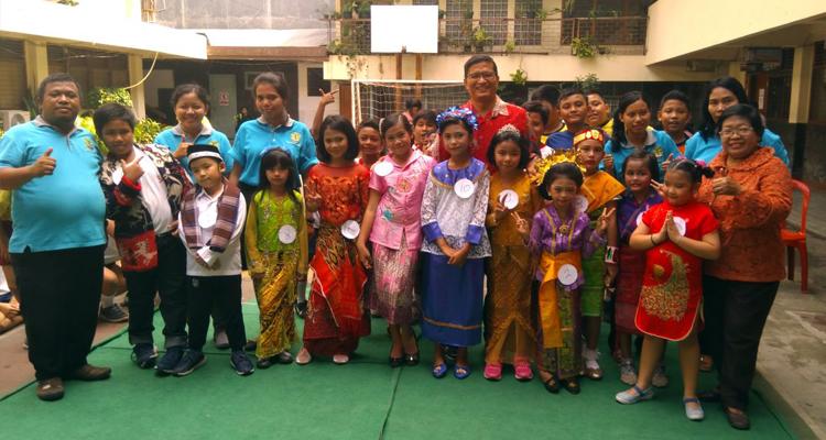Perayaan Kartini di SD Fransiskus Kramat Jakarta